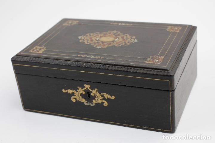 Antigüedades: Caja chapada de jacaranda, finales siglo XIX, etiqueta de Cuba, La Polka, Habana. 22x15x8,5cm - Foto 2 - 143393826