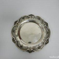 Antigüedades: BANDEJA EN PLATA LEY MARCADO CON CONTRASTE SIGLO XIX. Lote 143401098