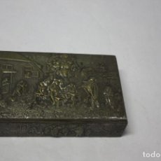 Antigüedades: CAJA EN MADERA Y METAL. Lote 143405418