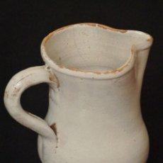 Antigüedades: CERÁMICA POPULAR VASCA. SIGLO XIX. JARRA ESMALTADA CON 16,5 CM DE ALTURA.. Lote 143539370