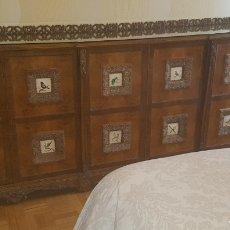 Antigüedades: APARADOR MADERA MACIZA. Lote 143542626