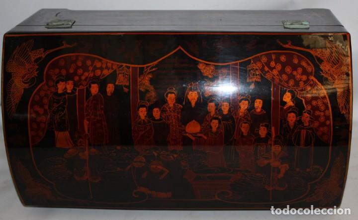 Antigüedades: BAUL EN MADERA LACADA CHINA CON ESCENAS ORIENTALES. MEDIADOS SIGLO XX - Foto 8 - 143566518