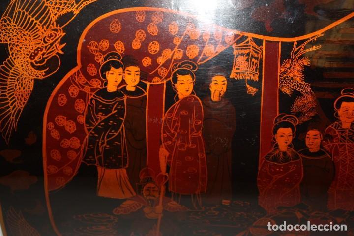 Antigüedades: BAUL EN MADERA LACADA CHINA CON ESCENAS ORIENTALES. MEDIADOS SIGLO XX - Foto 10 - 143566518