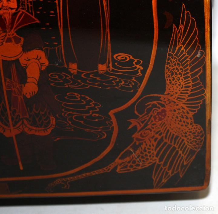 Antigüedades: BAUL EN MADERA LACADA CHINA CON ESCENAS ORIENTALES. MEDIADOS SIGLO XX - Foto 14 - 143566518