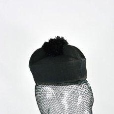 Antiquitäten - Bonete o toca de sacerdote - Gorro, sombrero, cura, magistrado, juez, birrete, con borla - 143595658