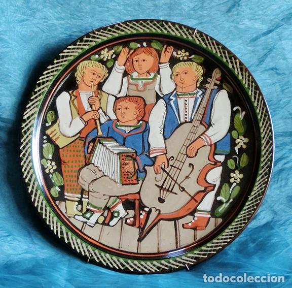 Antigüedades: GRUPO DE MÚSICOS - PLATO DE CERÁMICA SUIZA - SCHNEIDER STEFFISBURG - TEMÁTICA MUSICAL - COLECCIÓN - Foto 2 - 143607734