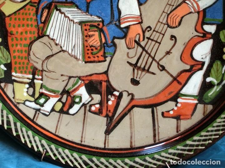 Antigüedades: GRUPO DE MÚSICOS - PLATO DE CERÁMICA SUIZA - SCHNEIDER STEFFISBURG - TEMÁTICA MUSICAL - COLECCIÓN - Foto 5 - 143607734