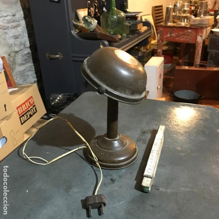 Antigüedades: Pequeña lámpara industrial - Foto 3 - 143636786