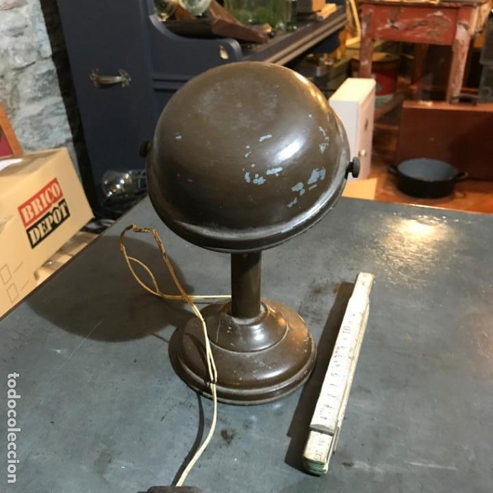 Antigüedades: Pequeña lámpara industrial - Foto 4 - 143636786