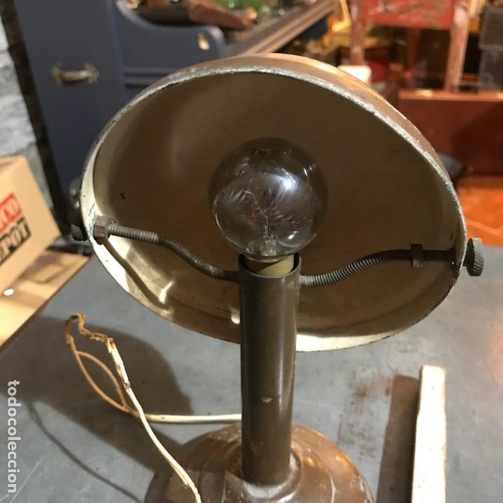 Antigüedades: Pequeña lámpara industrial - Foto 6 - 143636786