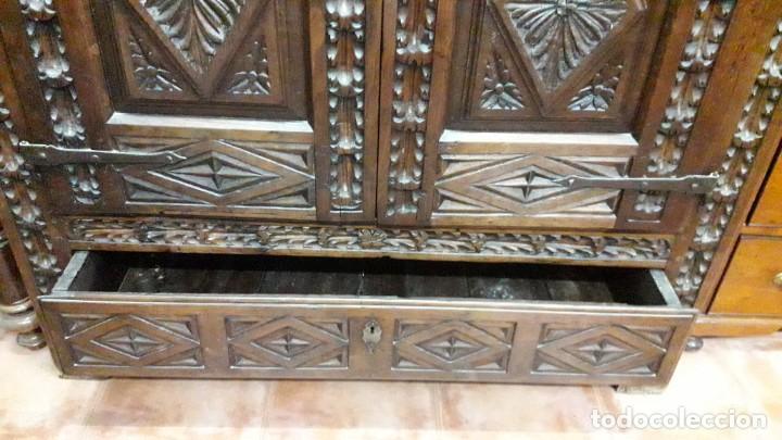Antigüedades: Armario barroco siglo XVIII - Foto 6 - 143662690
