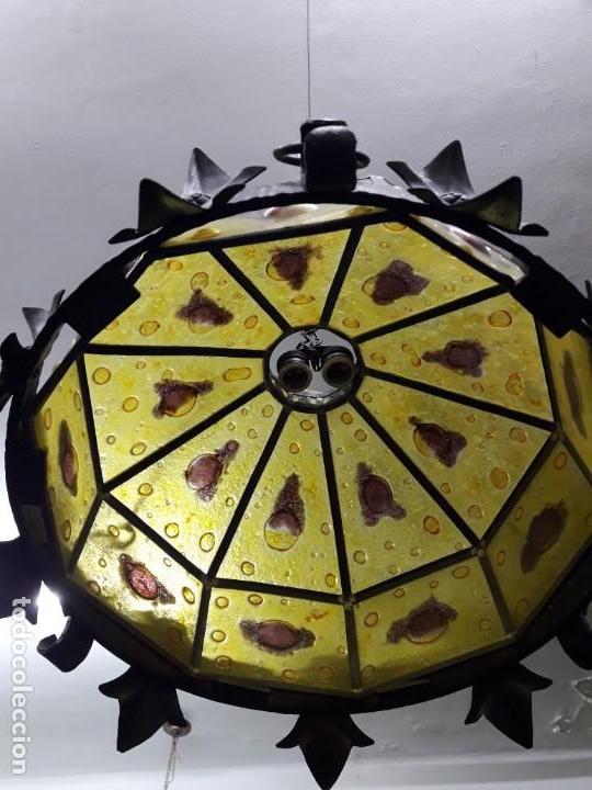Antigüedades: Lampara artesanal de hierro y cristal emplomado, siglo XX - Foto 9 - 143663878