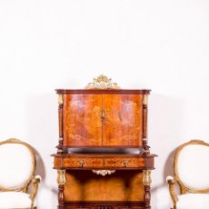 Antigüedades: MUEBLE BAR ANTIGUO CON MARQUETERÍA. Lote 143703090