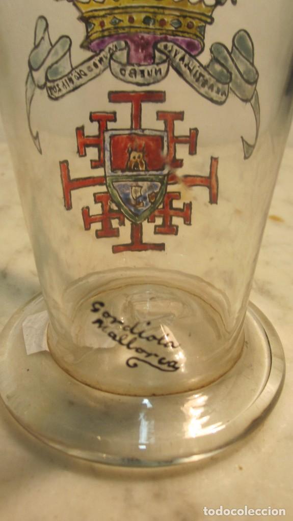 Antigüedades: VASO BALNEARIO, DIBUJADO A MANO CON ESMALTE AL FUEGO CON ESCUDO DE CASTILLA REALIZADA POR GORDIOLA - Foto 2 - 143721598