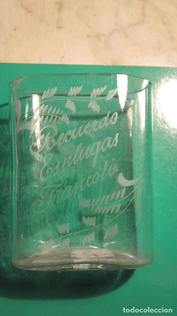 VASO BALNEARIO DE RECUERDO DE ESPLUGA DE FRANCOLÍ CON DIBUJOS AL ACIDO (Antigüedades - Cristal y Vidrio - Otros)