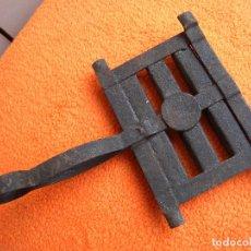 Antigüedades: CEPILLO PARA CABALLOS. Lote 143727254