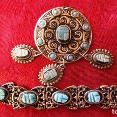 Antigüedades: ANTIGUOS PULSERA FANTASIA Y MEDALLON METAL COLOR ACERO, PIEDRAS, CREO, ESCARABAJOS EGIPCIOS. Lote 143734098