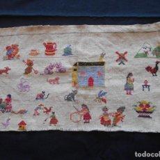 Antigüedades: ANTIGUO MUESTRARIO DE BORDADO EN PUNTO DE CRUZ, MIDE 32 X 20 CMS.. Lote 143738426