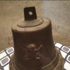 Antigüedades: GRAN CAMPANA COMPLETA DE HIERRO. Lote 143760774