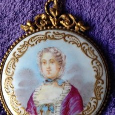 Antigüedades: ESPEJO IMPERIO BRONCE ORMOLU PORCELANA PINTADA MANO XIX. Lote 143795338