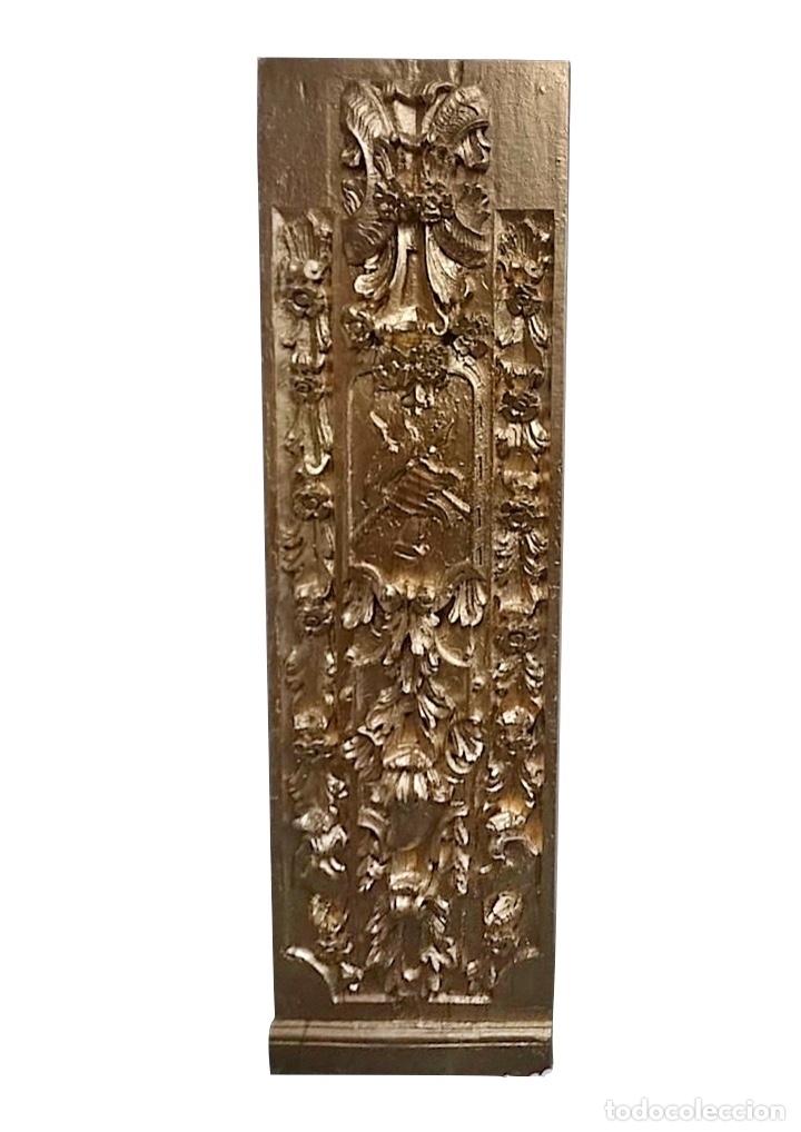 ANTIGUA TABLA DE RESINA EN COLOR ORO, EFECTO RETABLO, PRECIOSA, MUY DECORATIVA (Antigüedades - Hogar y Decoración - Marcos Antiguos)