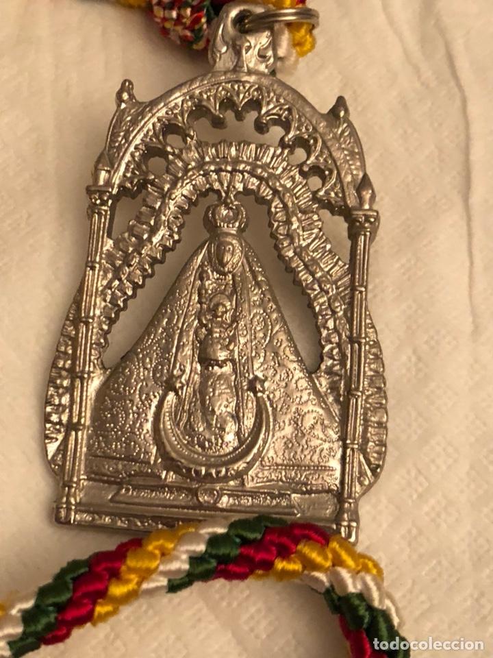 Antigüedades: Medalla religiosa cofradía de Santa Maria de la sierra Cabra - Foto 2 - 143835717