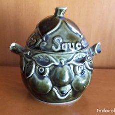 Antigüedades: RECIPIENTE DE COCINA SADLER SALSA DE MANZANA APPLE SAUCE CON PEQUEÑO DEFECTO EN OREJA DERECHA. Lote 143842590