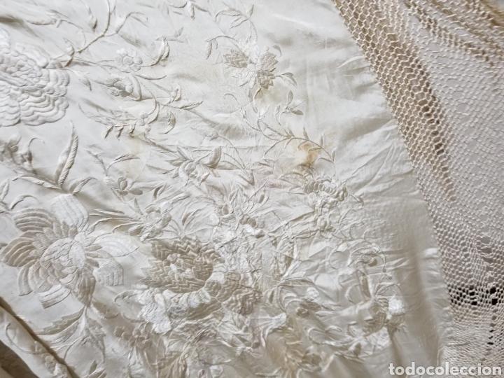 Antigüedades: Antiguo Mantón de manila seda natural 1,59 x 1,56 antiguo (301) - Foto 7 - 143846462