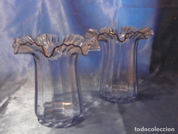 TULIPA (2 UNIDADES) MODERNISTA EN CRISTAL AZUL (Antigüedades - Iluminación - Lámparas Antiguas)