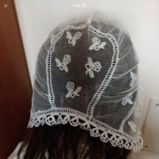 Antigüedades: GORRO ANTIGUO IDEAL PARA MUÑECA ANTIGUA GRANDE. Lote 143916368