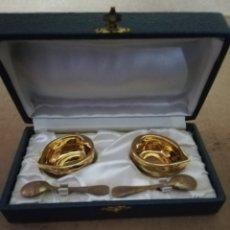 Antigüedades: AZUCARERO Y SALERO PORCELANA DE PARÍS AÑOS 50. Lote 143924261