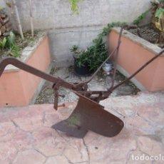 Antigüedades: ARADO DE VERTEDERA. Lote 143932866