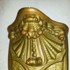 Antigüedades: MENSULA, O, PEANA, PARA COLGAR IMAGEN. Lote 143943174