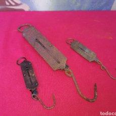 Antigüedades: 3 BASCULAS ANTIGUAS. Lote 143972104