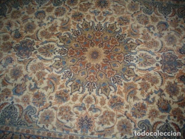 Antigüedades: precioso alfombra ispahan persa seda y lana - Foto 7 - 143982446