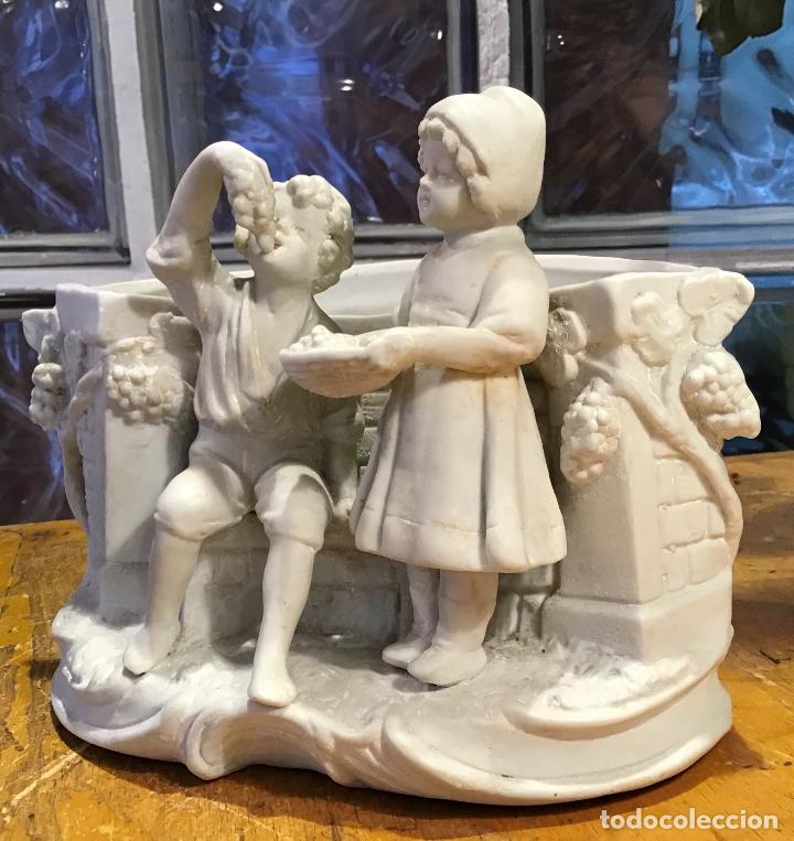 ANTIGUA PORCELANA BISCUIT (Antigüedades - Porcelanas y Cerámicas - Otras)