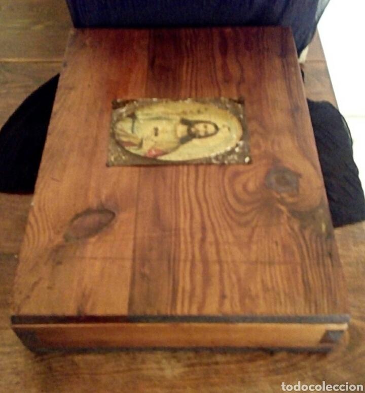 Antigüedades: Limosnera. Petitoria de sacristia. Madera de roble. Siglo XIX - Foto 11 - 144016082