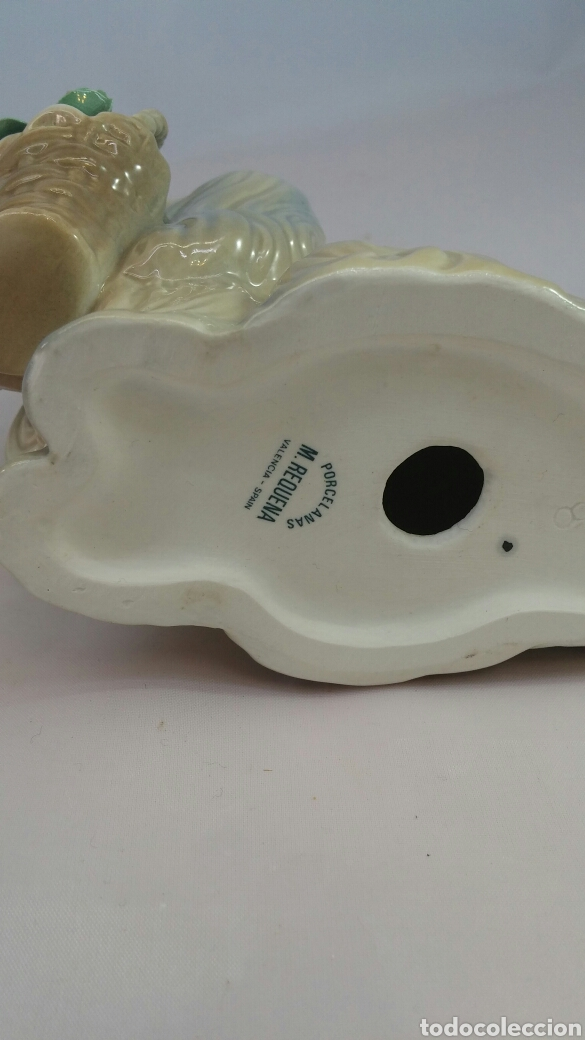 Antigüedades: Figura perro y cesta con flores porcelana Miguel Requena - Foto 8 - 144057949