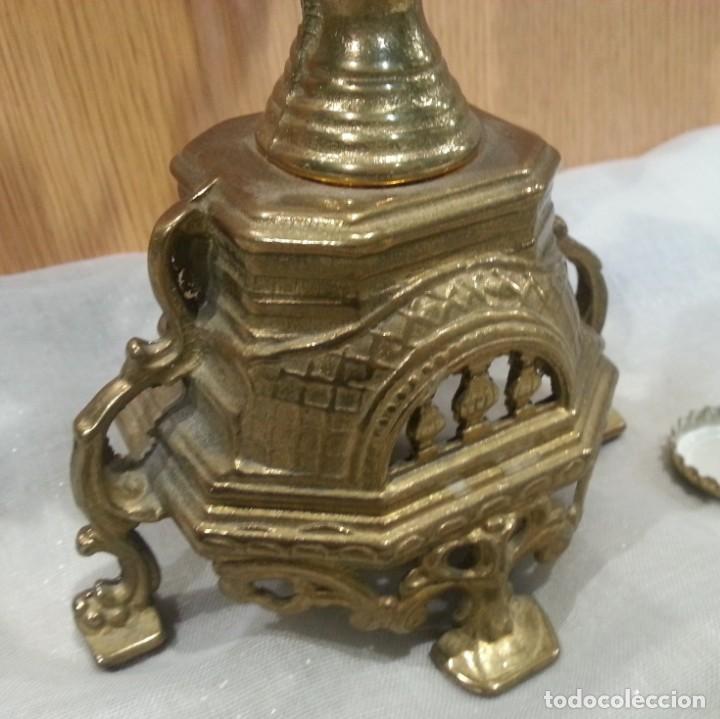 Antigüedades: Candelabro antiguo. En bronce. Años 70. Grande para 5 velas. - Foto 6 - 144093274