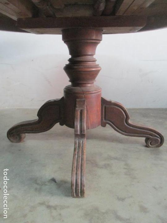 Antigüedades: Antigua Mesa de Comedor Extensible - Isabelino - Madera de Nogal - S. XIX - Foto 5 - 178682981