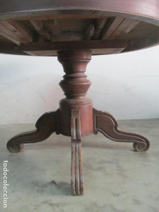 Antigüedades: Antigua Mesa de Comedor Extensible - Isabelino - Madera de Nogal - S. XIX - Foto 6 - 178682981
