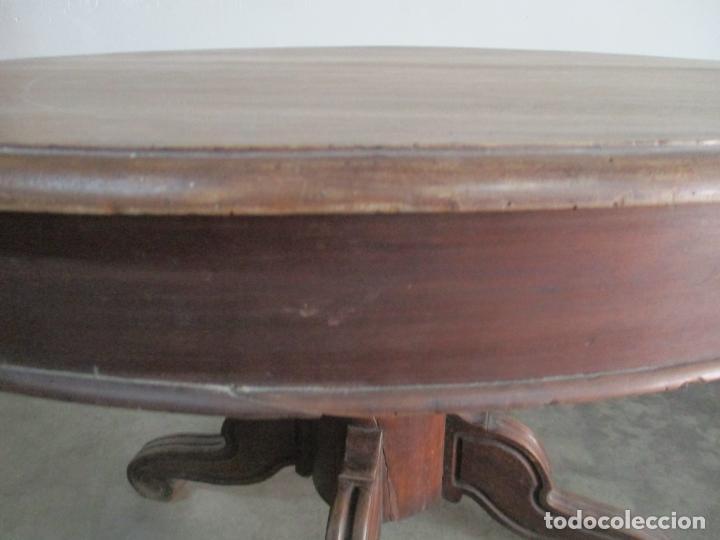 Antigüedades: Antigua Mesa de Comedor Extensible - Isabelino - Madera de Nogal - S. XIX - Foto 9 - 178682981