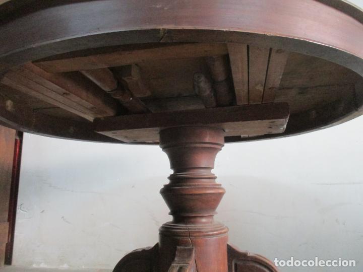 Antigüedades: Antigua Mesa de Comedor Extensible - Isabelino - Madera de Nogal - S. XIX - Foto 10 - 178682981