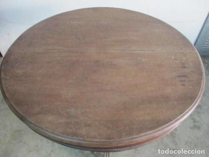 Antigüedades: Antigua Mesa de Comedor Extensible - Isabelino - Madera de Nogal - S. XIX - Foto 11 - 178682981