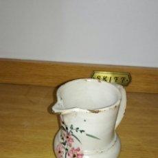 Antigüedades: JARRA DE PICO ANTIGUA ORIGINAL CON FLORES. Lote 144125332