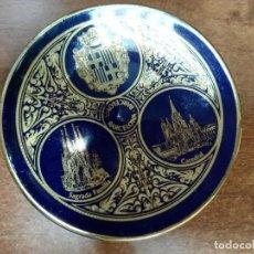 Antigüedades: PLATO DE CERÁMICA BARCELONA. Lote 144215086