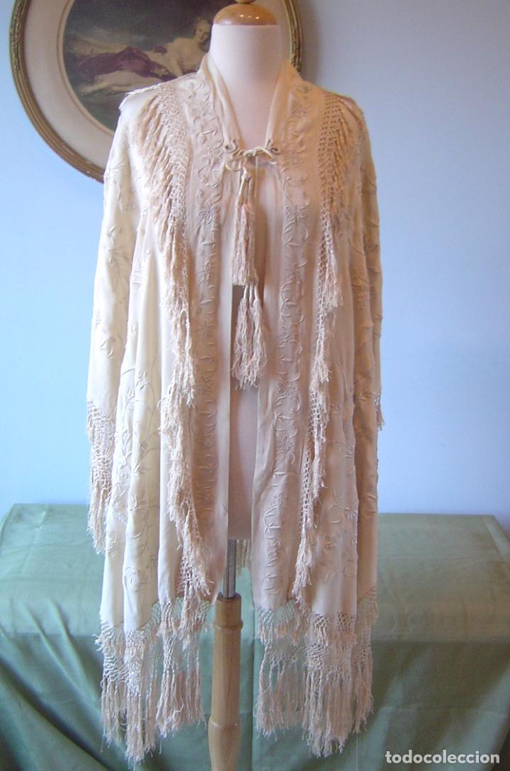 Antiques: Capa o salida de teatro antigua Isabelina en seda bordada a mano - Foto 3 - 144226490