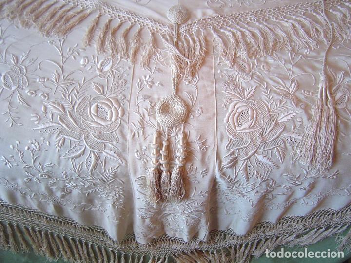 Antiques: Capa o salida de teatro antigua Isabelina en seda bordada a mano - Foto 9 - 144226490