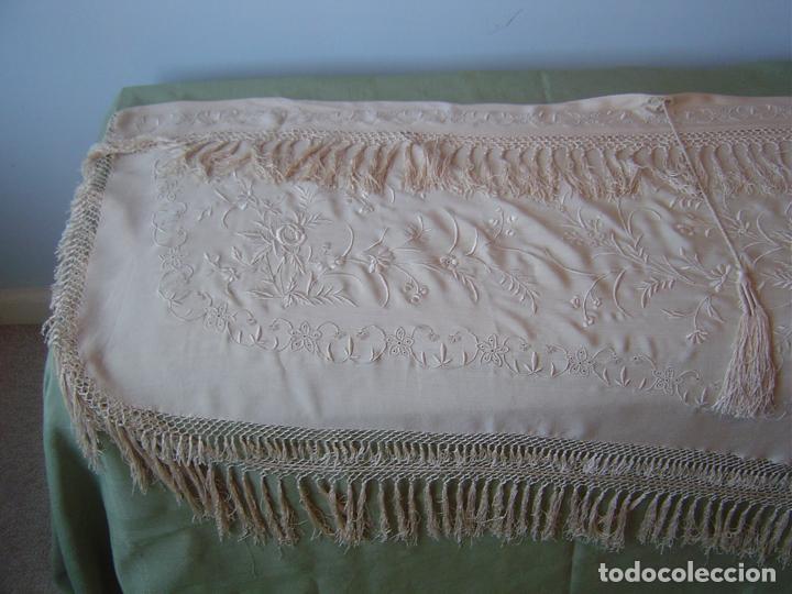 Antiques: Capa o salida de teatro antigua Isabelina en seda bordada a mano - Foto 10 - 144226490