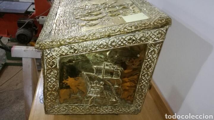 Antigüedades: Caja zapatera dorada de metal - Foto 3 - 144244205